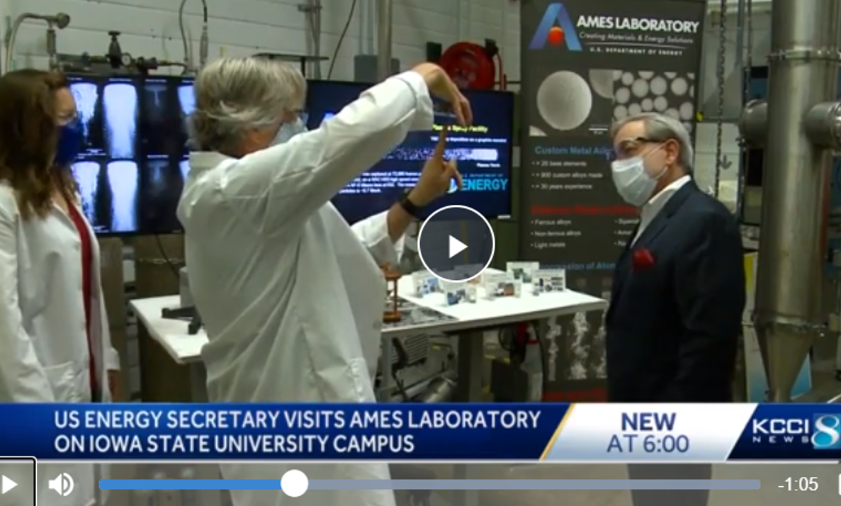 KCCI report on US Secretary of Energy visiting Ames Laboratory on Iowa State University campus